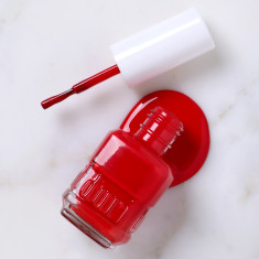 Nail polish in Charleston Red