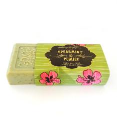 Spearmint & pumice palm oil free soap