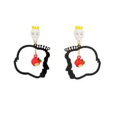 Snow white and the evil queen faces earrings