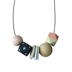 Clay and wood necklace in peach