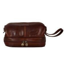 The King Dopp Kit In Brown
