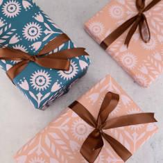 Nordic Flower Tile Pattern Gift Wrap Set