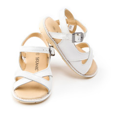 Kids' cross over leather sandals in white