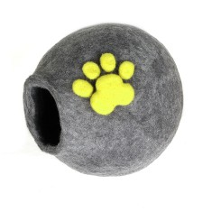 Personalised Wool Nook for Your Furry Cat