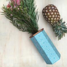 Hexi Vase (Large)