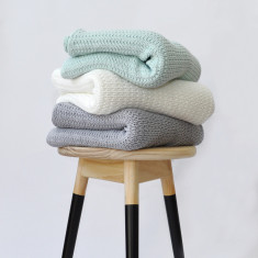 Taper knitted throw (various colours)