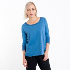 Three Quarter Sleeve Tailed Tee in Arctic Blue