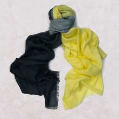 Gradient scarf in yellow