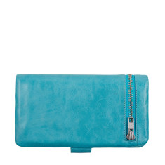 Esther leather wallet in pool