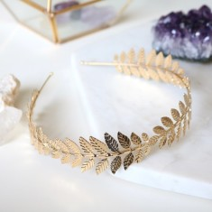 Celestial headband in gold