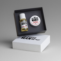 Boxed Gift Set of Beard Oil and Moustache Wax (Sandalwood)