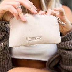 Lucy pouch purse in ivory