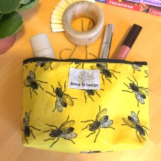 Insect Fly du Soleil Housefly Make Up Bag
