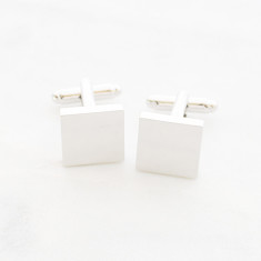 Classic men's square cufflinks in silver