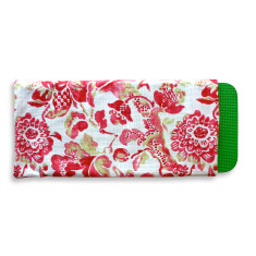 Gardener's kneeling pad in Strawberry Boho