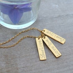 Personalised gold bars Love necklace
