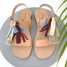 Bordeaux Sandalaki Leather Sandals In Tan With Tassels