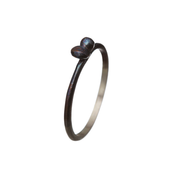 Black bow ring