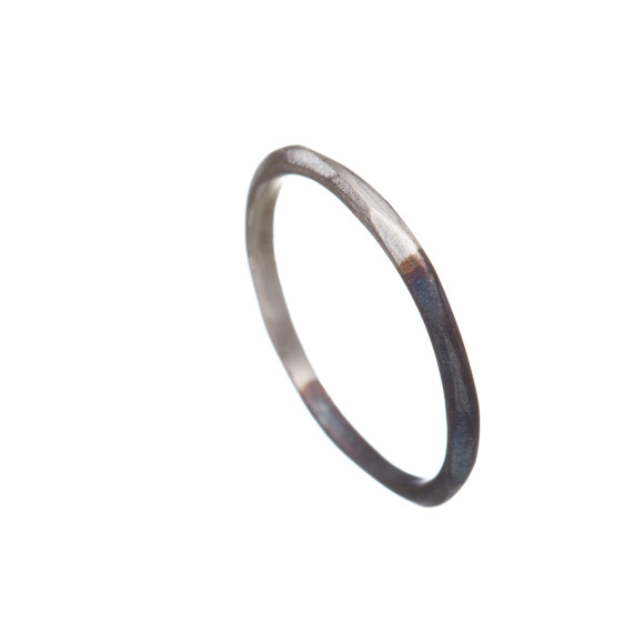 Two-tone fine ring