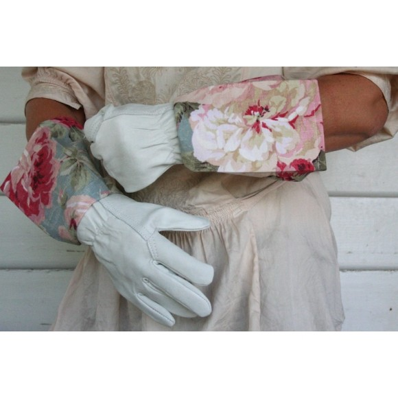 Example Glove Length