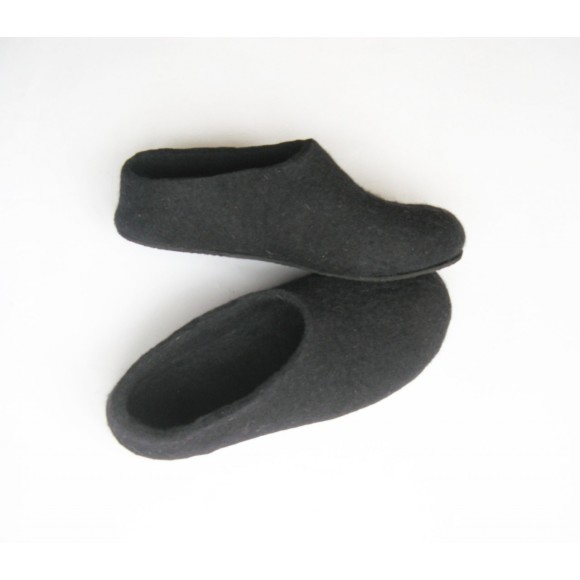 Black Sole Felted Wool Shoes Black. Women