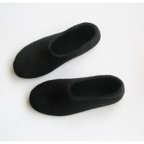 Black Sole Felted Wool Shoes Black. Women