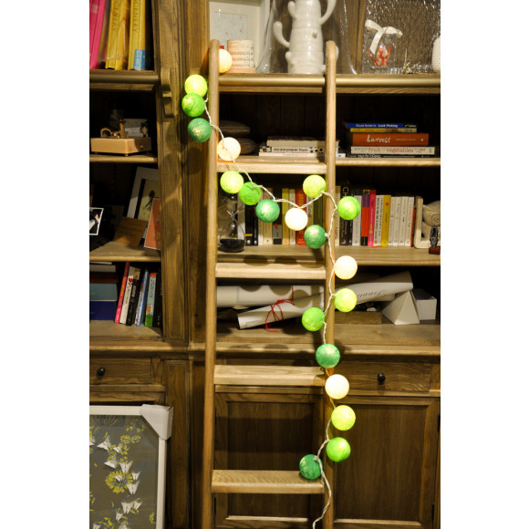 Ball stringlights