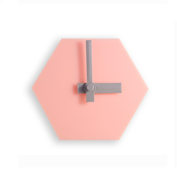 Blush pink desk clock with grey hands