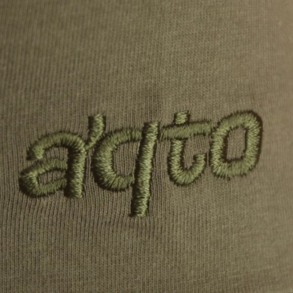 Sleeve embroidery