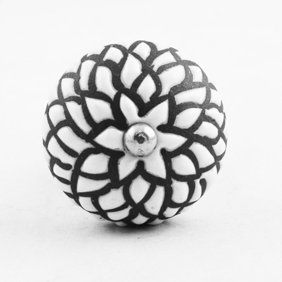 Gorgeous Ceramic Bottle Stopper, Black and White Etched Blooms