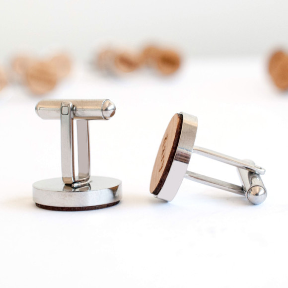side view of cufflinks