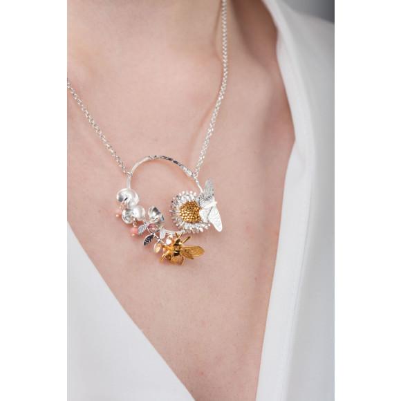 Amanda Coleman country garden hoop necklace model shot