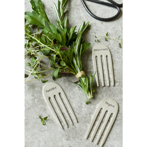 Featured: 3 of 4 Herb Markers