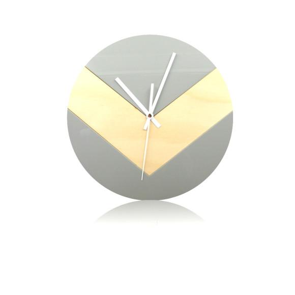 Reverse V clock in grey
