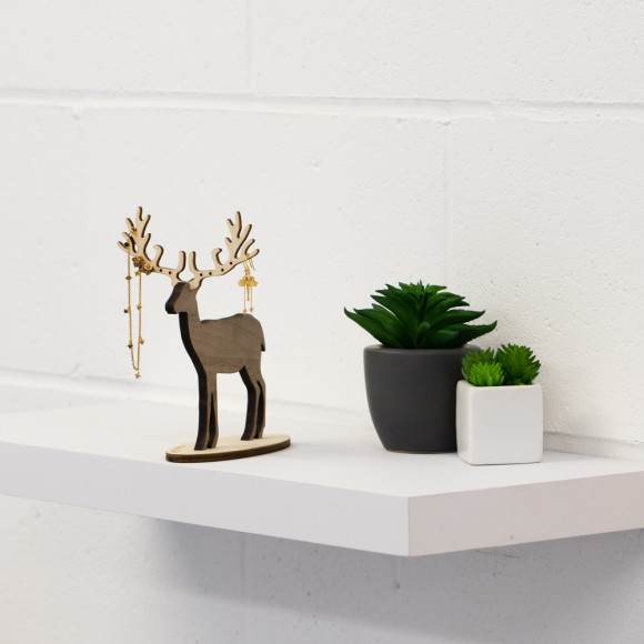 Amanda Coleman Small Deer Jewellery stand size perspective