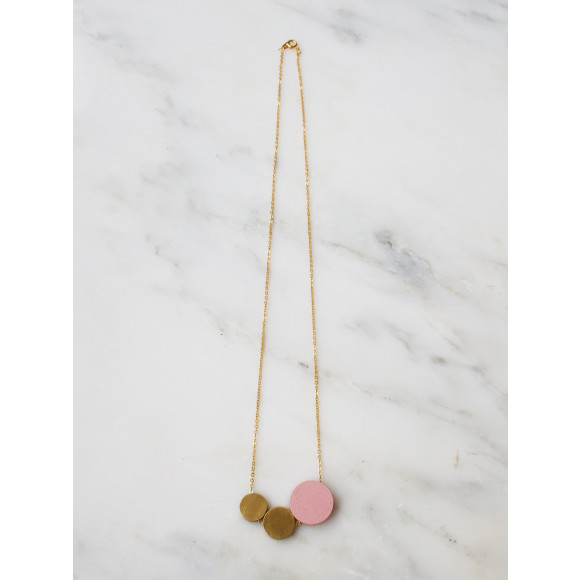 Three Circle Necklace - Pale Pink