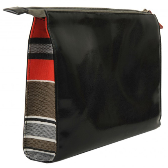Black toiletry bag