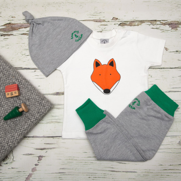 tommy & lottie British fox three piece baby gift set