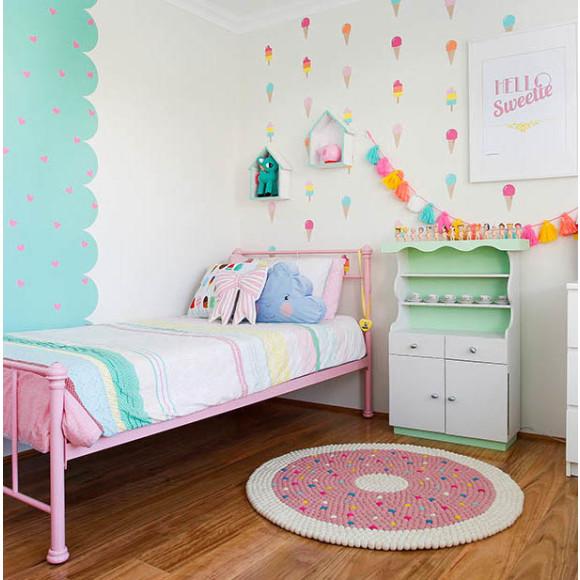 Doughnut Girls Room