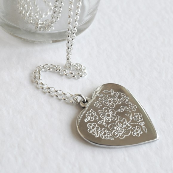 Front of necklace