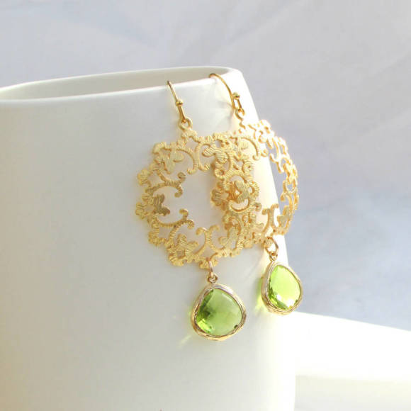 Sina Olive Earrings