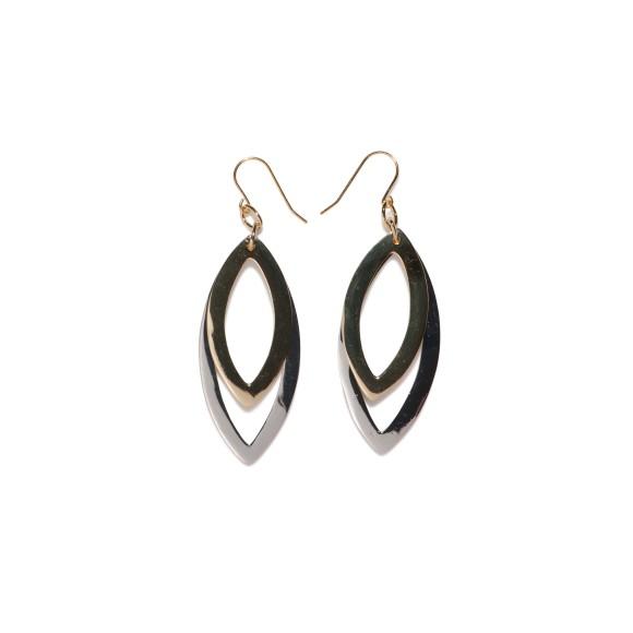Oval earring