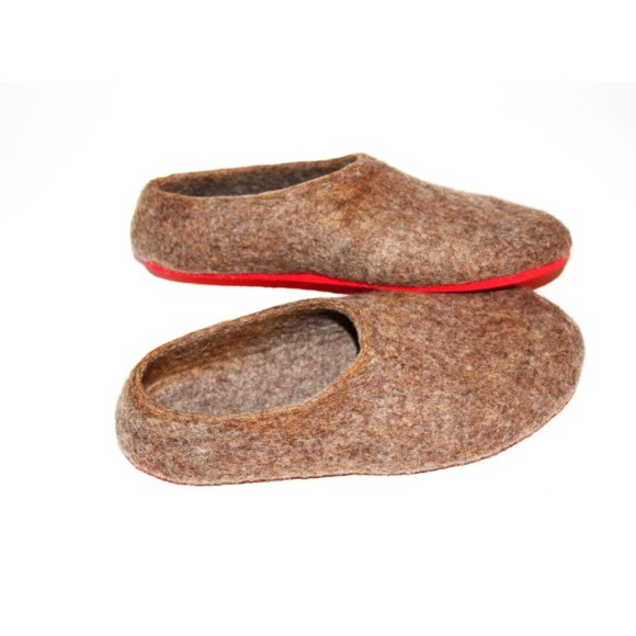 red sole wool shoes