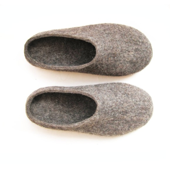 felt slippers brown