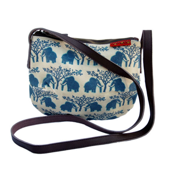 Tamelia Ellie Smile Bag