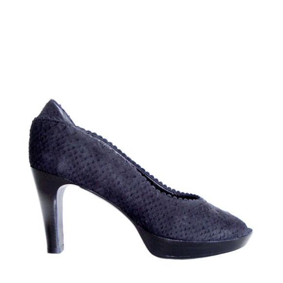 Taylor heels