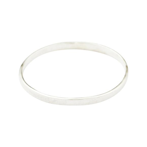 Featherlight ring