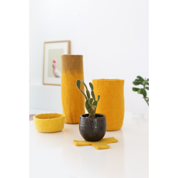 Mustard/golden beige