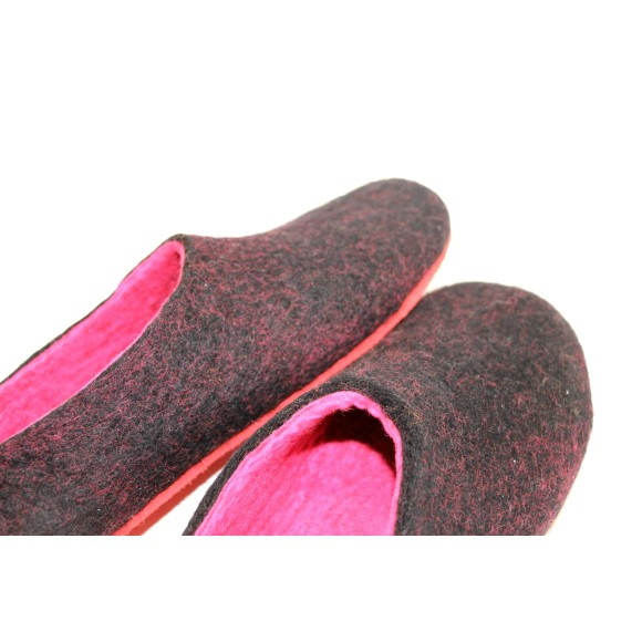 two tone slipper