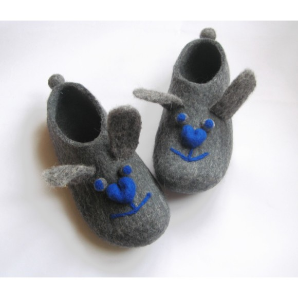 wool slippers